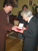 Elżbieta Dziębowska uhonorowana Orderem Odrodzenia Polski